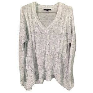 Central Park West V Neck Cable Knit Sweater Small